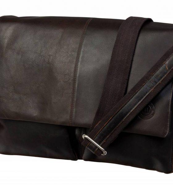Vind designer goodiebag fra Dbramante1928 – Værdi 2546 kr.