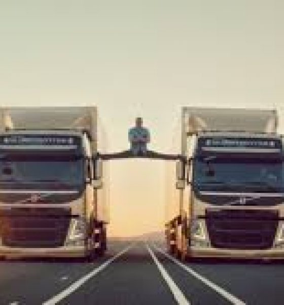 Viralt: Jean-Claude Van Damme i Epic split