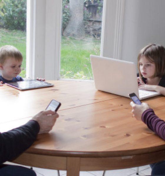 7 gode tips til familiens mobilbrug (også til mor og far)