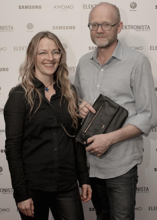 Signe Ebbesen, art director Elektronista + mand.