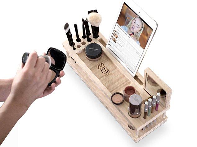 beauty-station-makeup-organizer-10