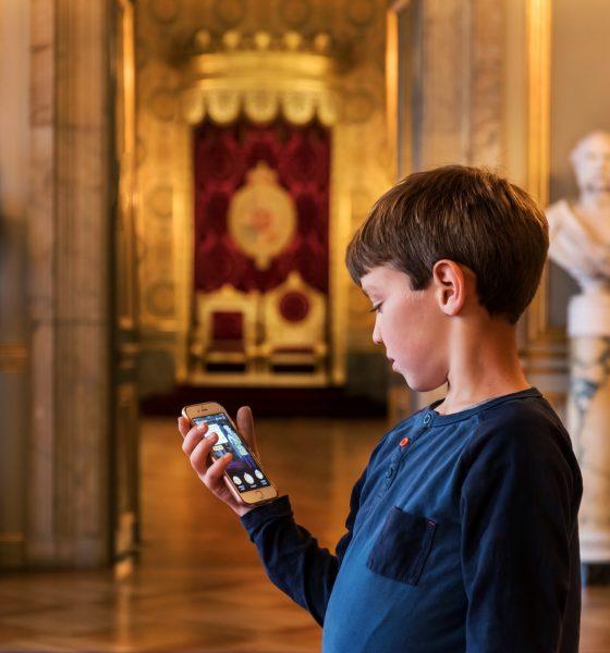 Christiansborg Slot åbner sit skatkammer for mobil-jægere