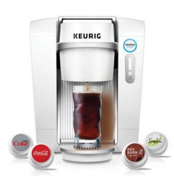 Kaffemaskinen brygger pils og gin tonic