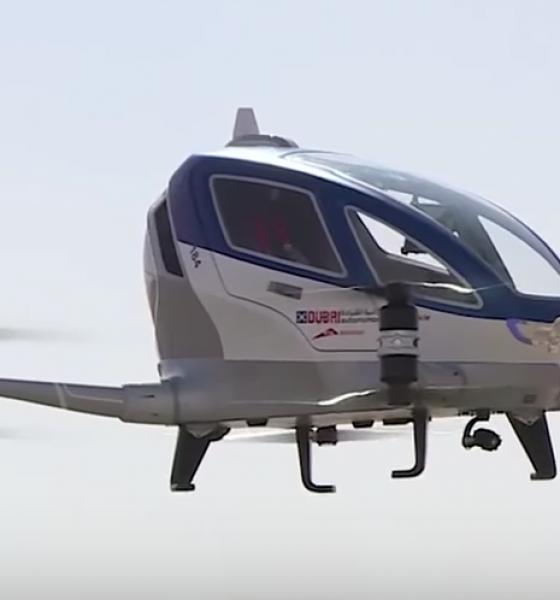Selvflyvende droner transporterer mennesker i Dubai