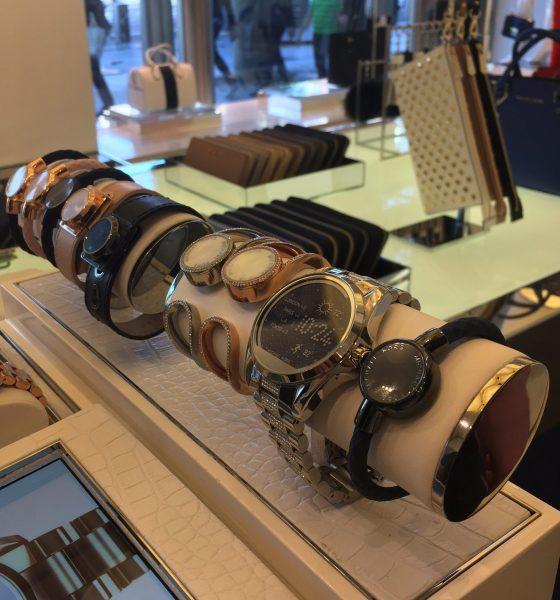 De store modehuse hopper på smartwatch-bølgen