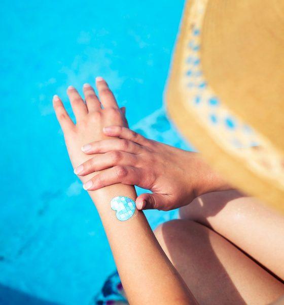 Plaster holder øje med, om du får for meget sol