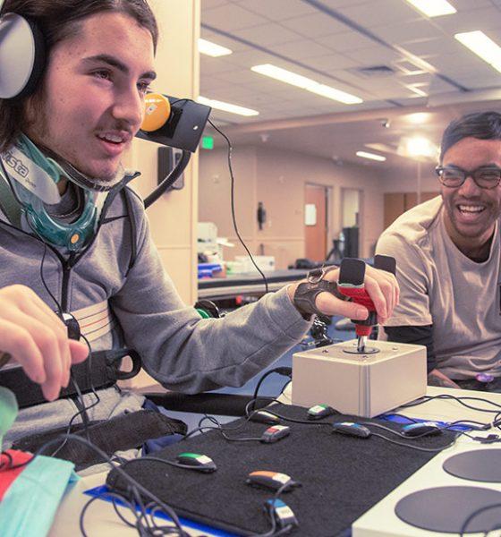 Microsoft og Xbox laver controller til mennesker med handicap