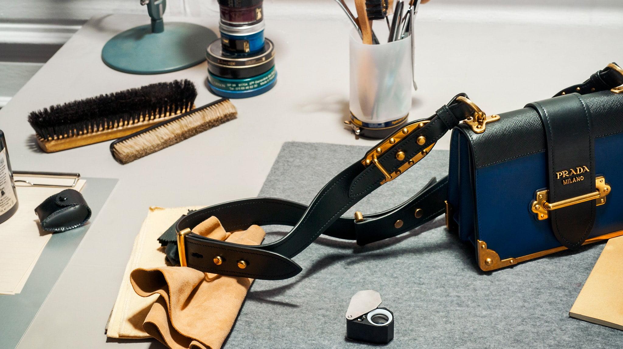c0b7762d11d0 Der er mange penge at spare ved at købe designervarer pre-owned, men ønskes  et bredt udvalg af tøj og accessories er danske Trendsales sjældent ...