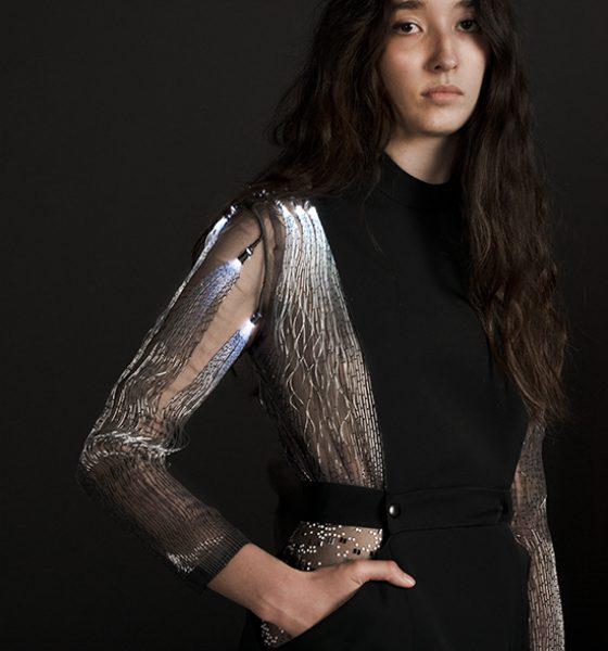 I grænselandet mellem innovation og Haute Couture findes der lysende tøj