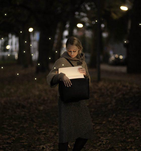 Lysende taske oplader dine devices på farten
