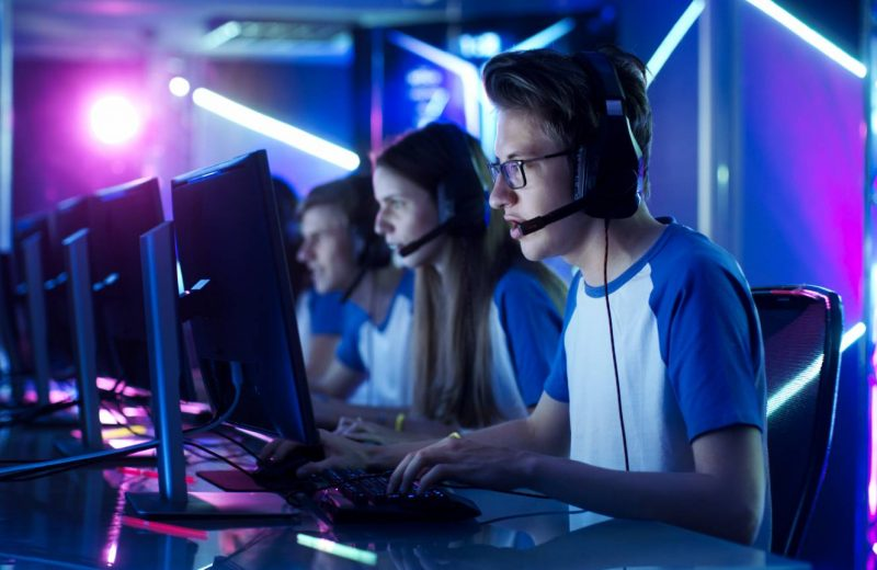 Gamerne indtager arbejdsmarkedet: Fra online parallelverden til karrierejob
