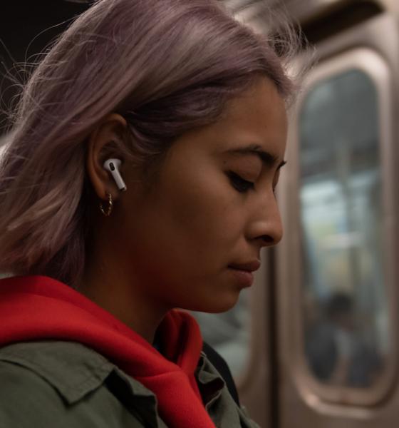Apple klar med AirPods Pro høretelefoner
